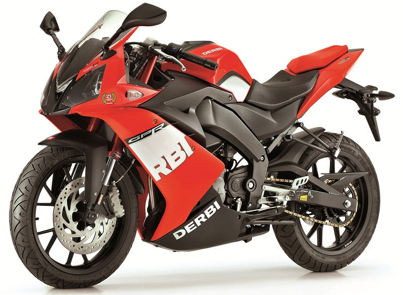 2011 derbi gpr50 and gpr125 get racing colors autoevolution. Black Bedroom Furniture Sets. Home Design Ideas