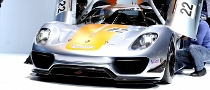 2011 NAIAS: Porsche 918 RSR [Live Photos]