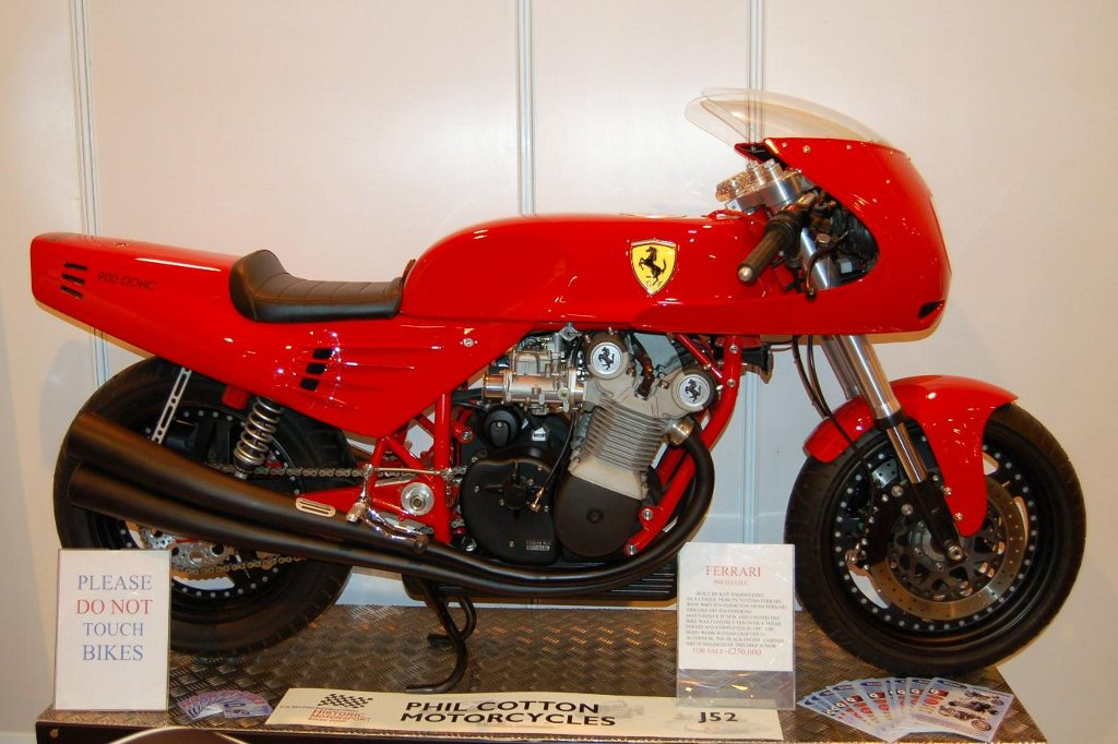 2011 Race Retro Celebrates Italian Motorcycle Brands ...
