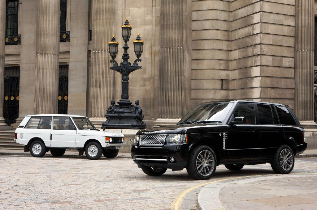 https://s1.cdn.autoevolution.com/images/news/2011-range-rover-autobiography-black-stars-at-the-quail-23455_1.jpg
