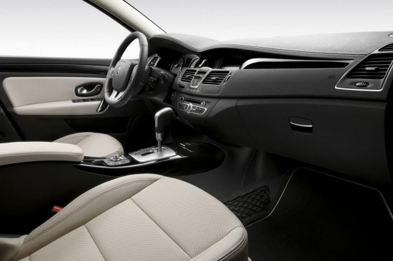 2011 Renault Laguna Interior Photos More Details Autoevolution
