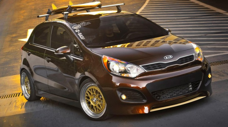 2011 SEMA: Retro Surf Kia Rio 5-Door