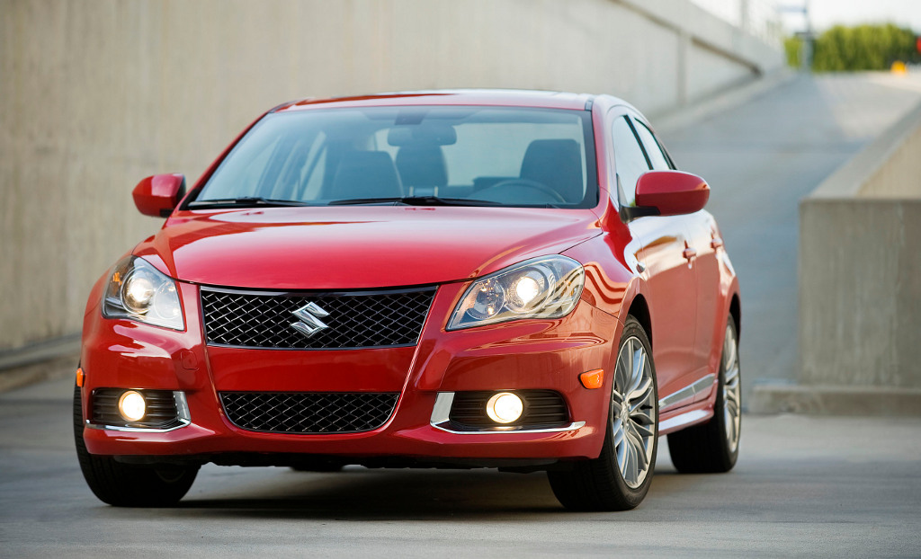 2011 suzuki kizashi sport revealed autoevolution. Black Bedroom Furniture Sets. Home Design Ideas