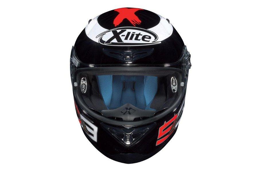 2011 x lite helmet range expands in the uk autoevolution. Black Bedroom Furniture Sets. Home Design Ideas