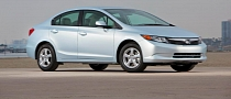 Honda Civic Natural Gas Becomes 2012 Green Car of the Year