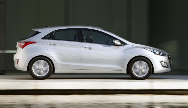 2012 hyundai i30 australia pricing announced autoevolution. Black Bedroom Furniture Sets. Home Design Ideas