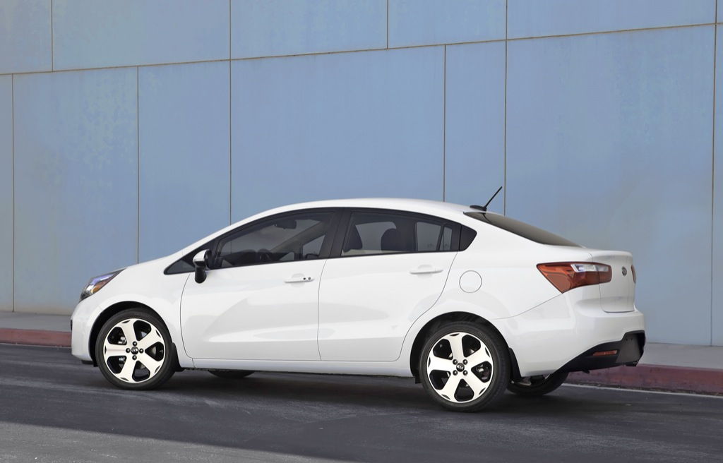 2012 Kia Rio Sedan Unveiled Gallery Autoevolution