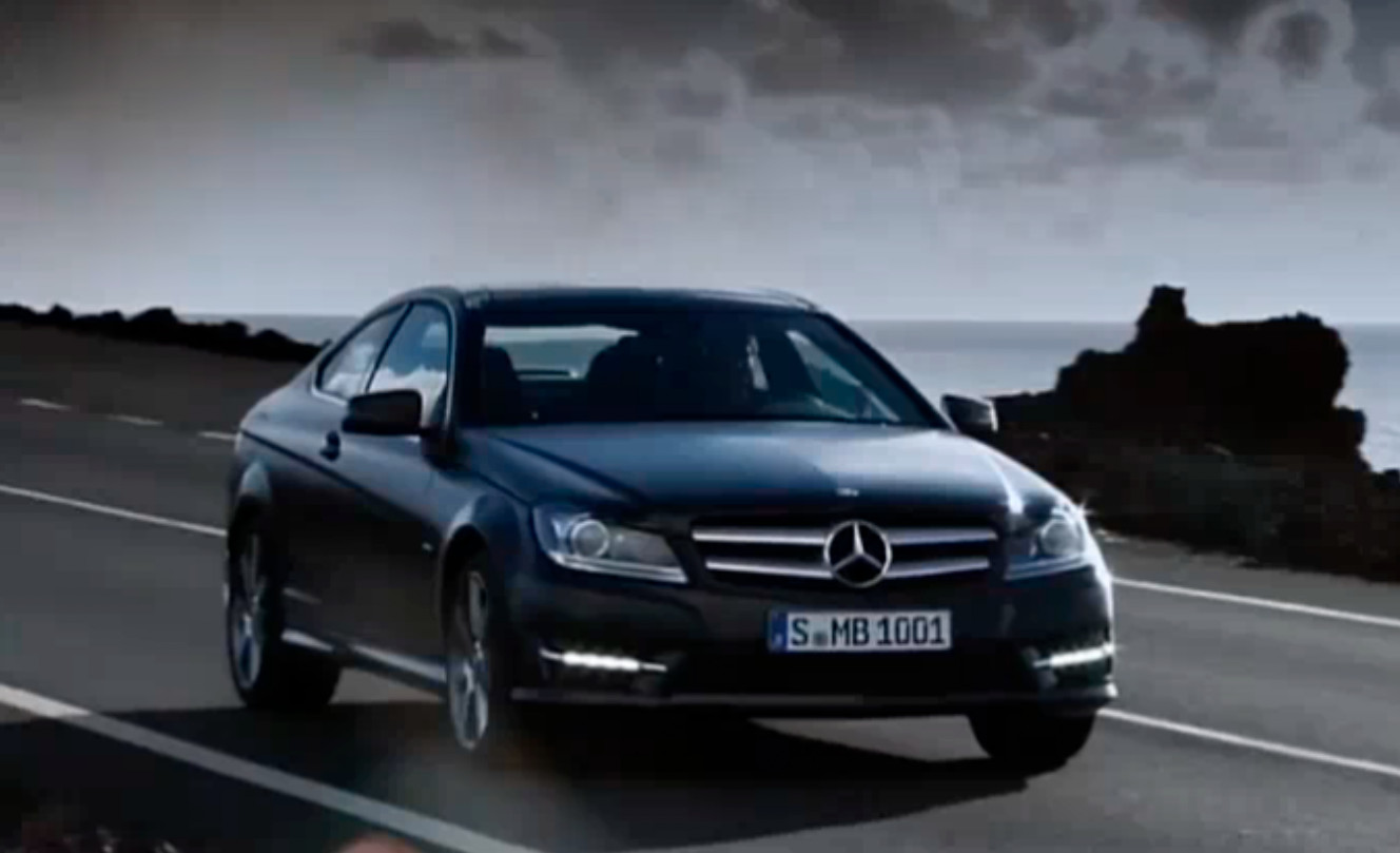 2012 mercedes c klasse coupe hits the road autoevolution. Black Bedroom Furniture Sets. Home Design Ideas