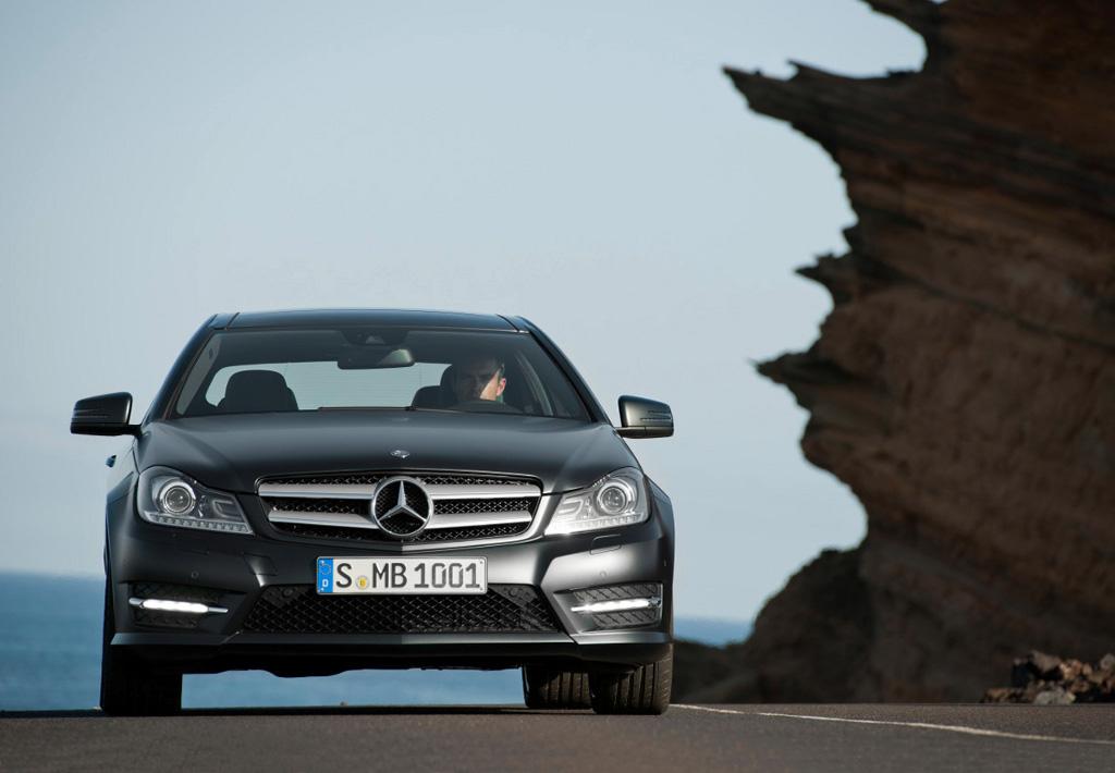 2012 Mercedes C Klasse Coupe Revealed Autoevolution