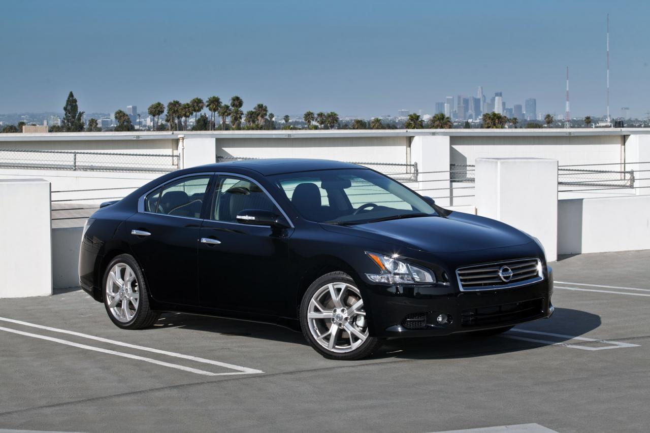 2012 nissan maxima receives a minor facelift autoevolution. Black Bedroom Furniture Sets. Home Design Ideas
