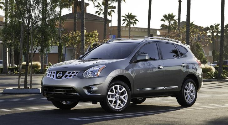 2012 nissan rogue pricing announced autoevolution. Black Bedroom Furniture Sets. Home Design Ideas