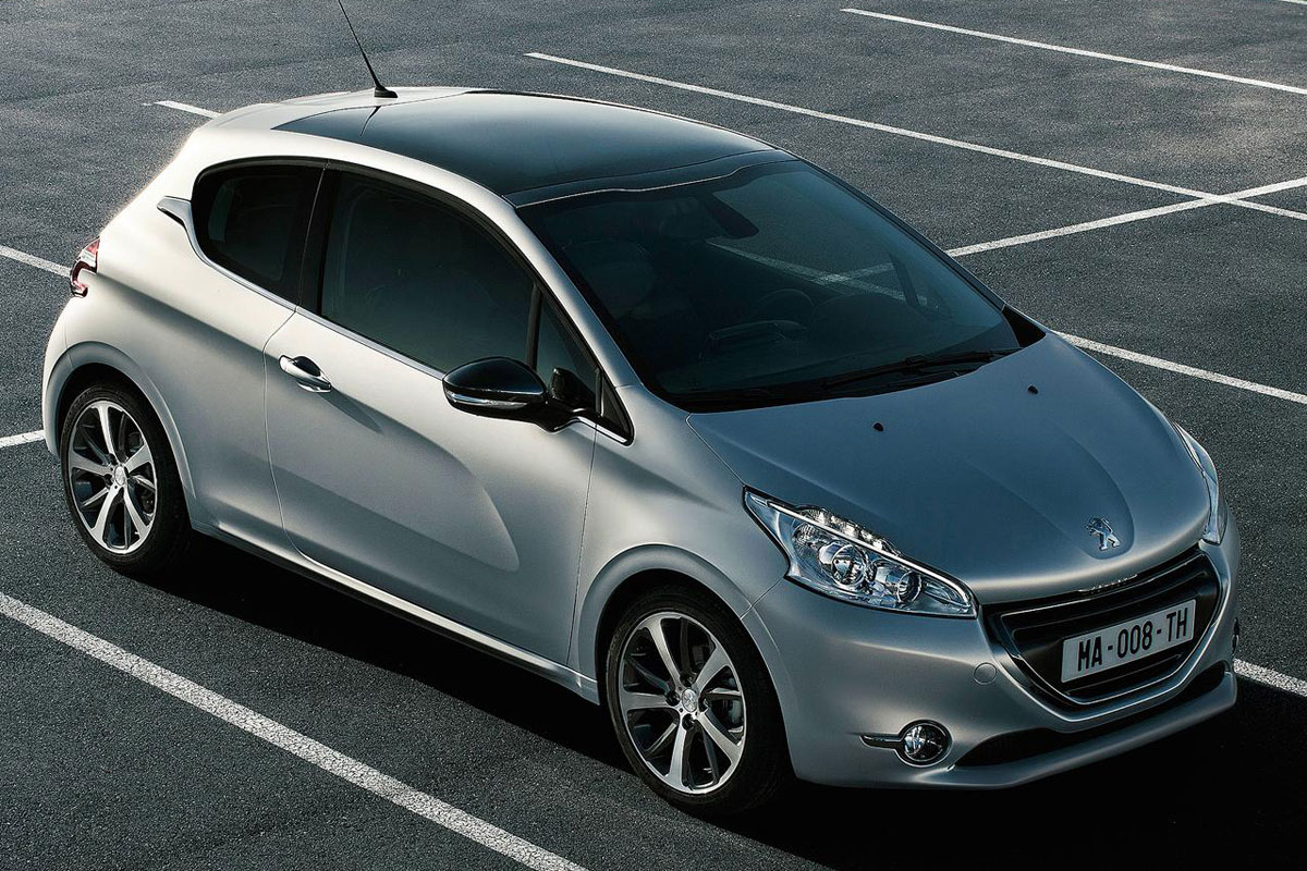 2012 peugeot 208 photos and specs leaked autoevolution. Black Bedroom Furniture Sets. Home Design Ideas
