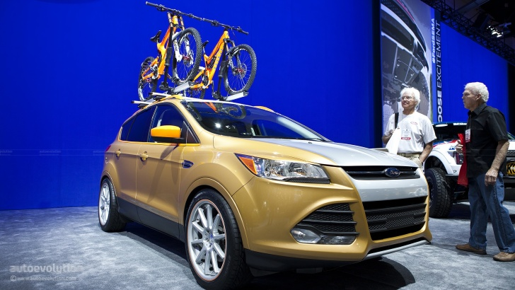 2012 SEMA: Ford Escape SE by Kolab Agency [Live Photos]