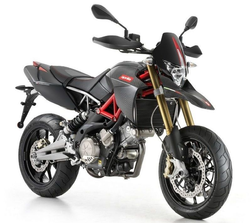 2013 aprilia dorsoduro 750 factory the carbon motard autoevolution. Black Bedroom Furniture Sets. Home Design Ideas