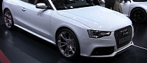 2013 Audi RS5 Cabriolet in Paris [Video]