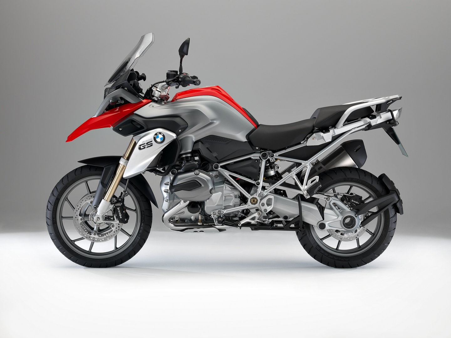 2013 bmw r 1200 gs looks awesome autoevolution. Black Bedroom Furniture Sets. Home Design Ideas