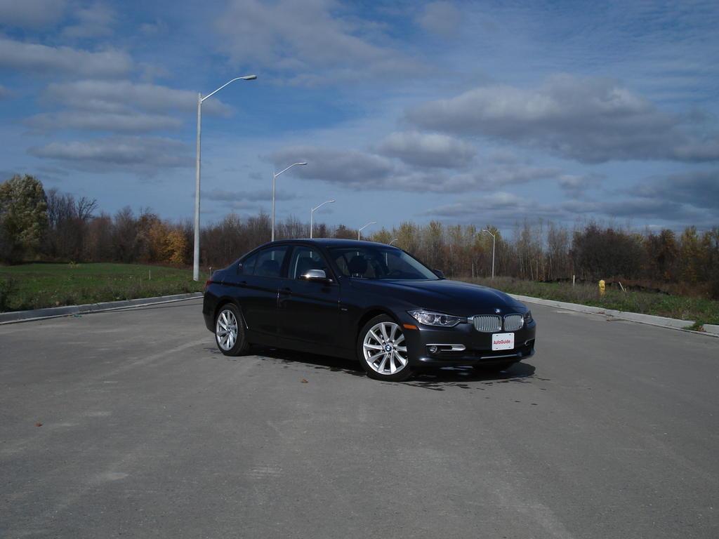 BMW I Review By AutoGuide Autoevolution - Bmw 320i 2013 price