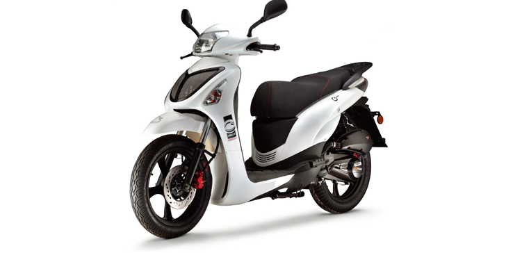 moto scooter 2013