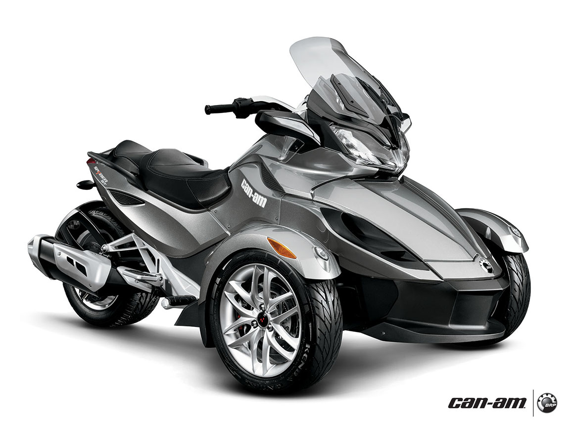 2013 can am spyder st a nice beast for fast fun autoevolution. Black Bedroom Furniture Sets. Home Design Ideas