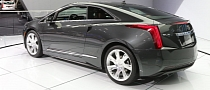 2013 Chicago: Cadillac ELR [Live Photos]