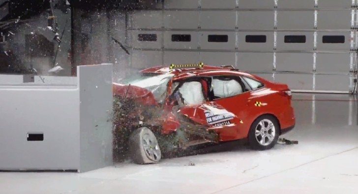 2013 Ford Focus Earns IIHS Top Safety Pick+ [Video]