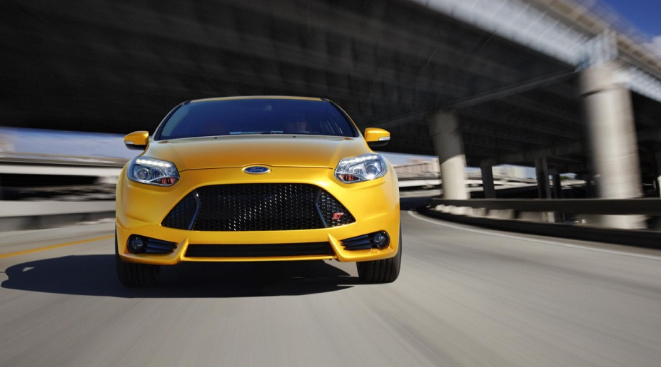 2013 ford focus st epa rated at 32 mpg. Black Bedroom Furniture Sets. Home Design Ideas