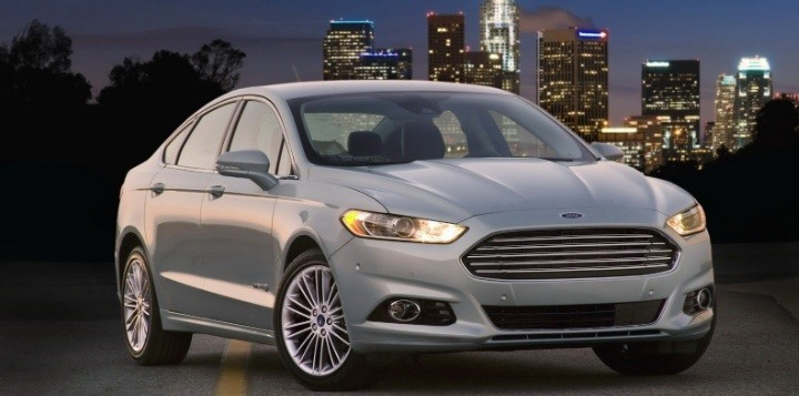2013 Ford Fusion Recalled for Headlight Issue