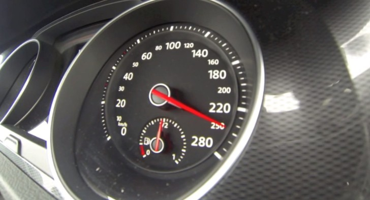 2013 Golf 7 GTI Performance Top Speed Test [Video]