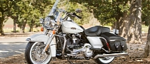 2013 Harley-Davidson Road King Classic Proud Display of Style [Photo Gallery]