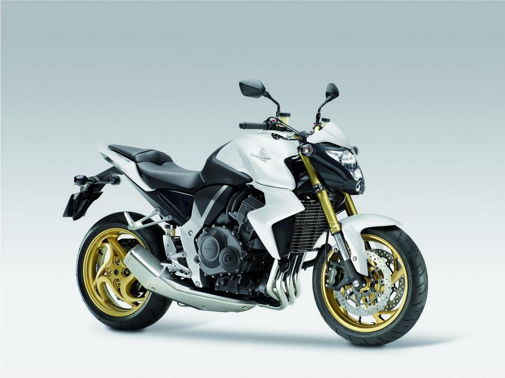 2013 Honda CB1000R Gets Matte White Version - autoevolution