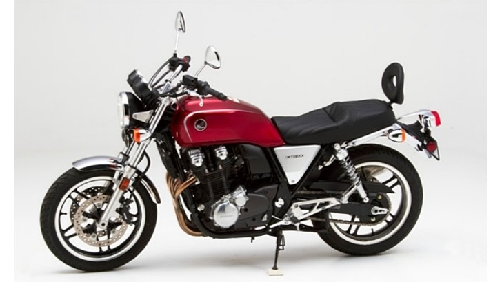 2013 Honda CB1100 Receives Corbin Seats [Photo Gallery]