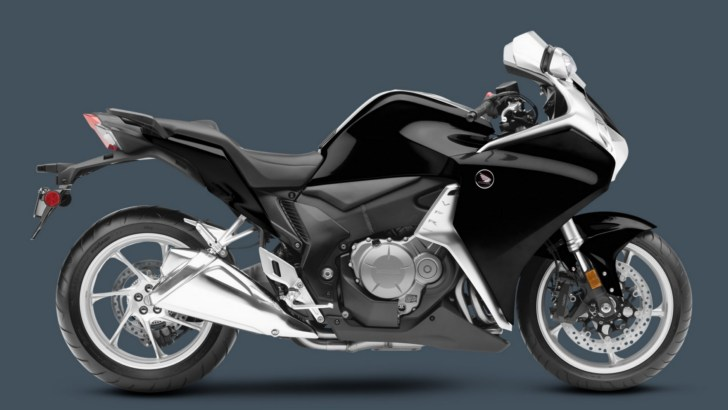2013 Honda VFR1200F Is Nicer, Better and Faster
