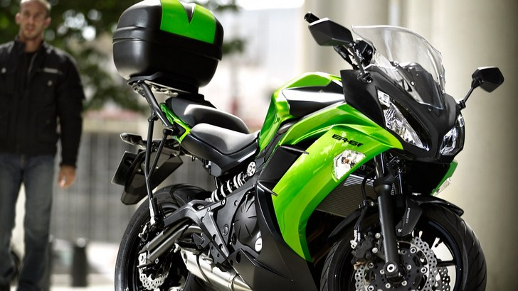 2013 Kawasaki ER-6f Is Ready for City Rides