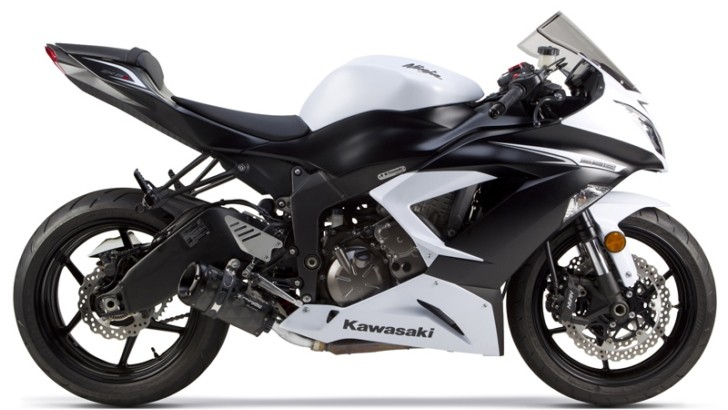 2013 Kawasaki Ninja 636 Receives Two Brothers Carbon Exhaust [Video]