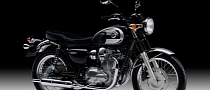 2013 Kawasaki W800 Mixes Retro Looks and Modern Technology
