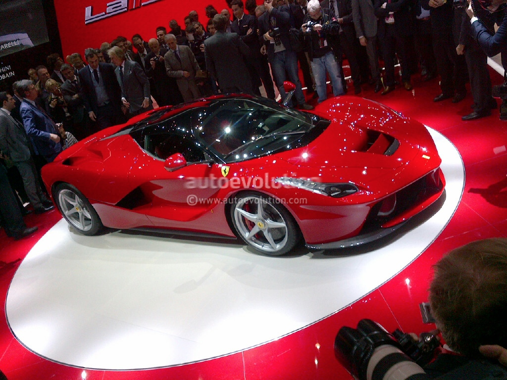 R Images Of Ferrari With Fire Horse  Aheartlikeherscom