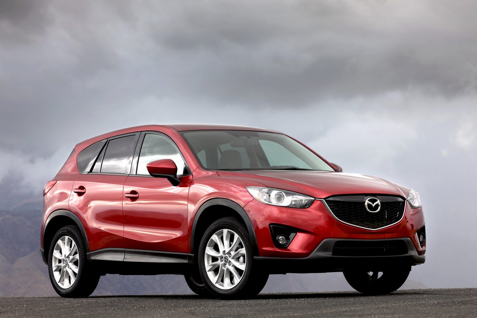 2013 mazda cx 5 debuts in los angeles with 33 mpg highway autoevolution. Black Bedroom Furniture Sets. Home Design Ideas
