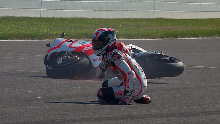 2013 MotoGP: Ben Spies' Curse Strikes Again, New Shoulder Injury