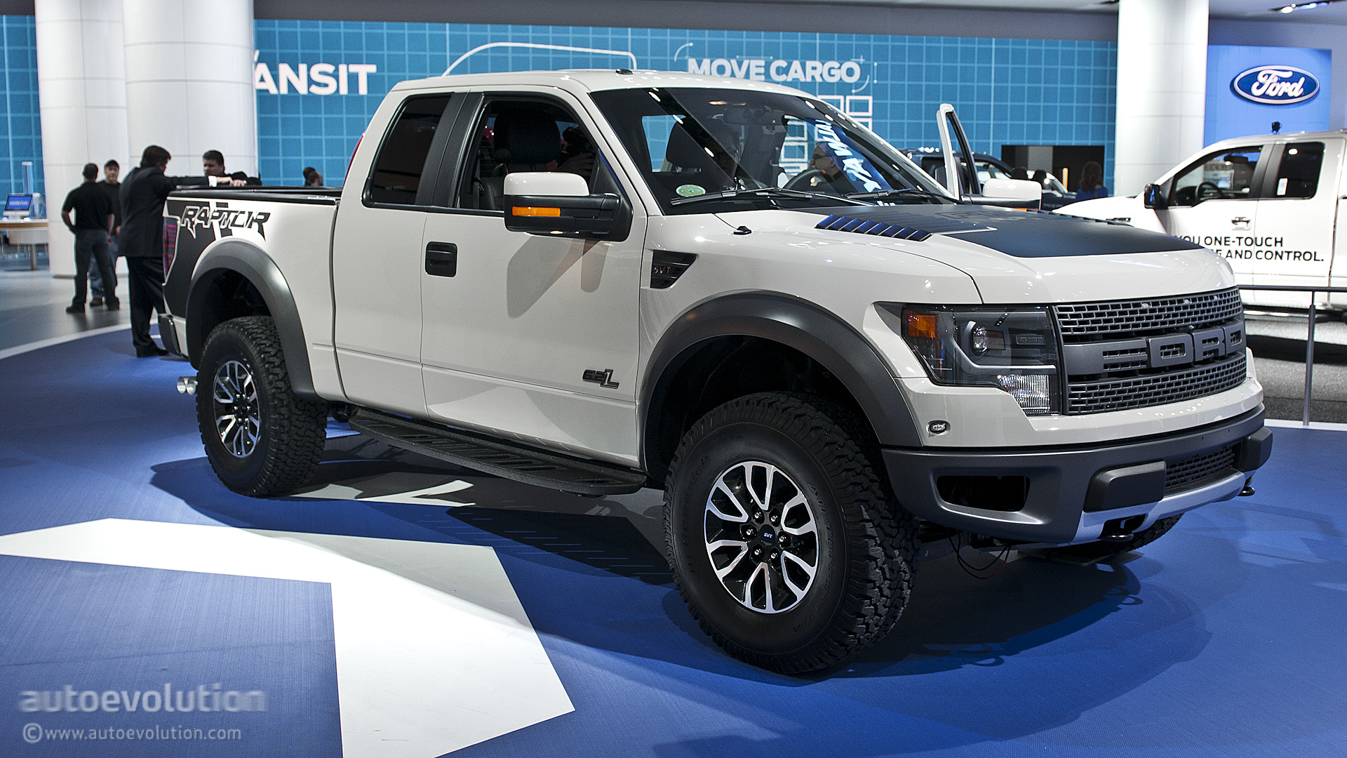2013 naias 2013 ford f 150 svt raptor. Black Bedroom Furniture Sets. Home Design Ideas