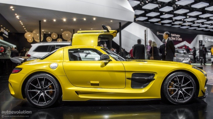 2013 NAIAS: Mercedes Benz SLS AMG Black Series [Live Photos]