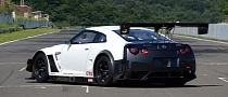 2013 Nissan GT-R NISMO GT3 Race Car Unveiled [Video]