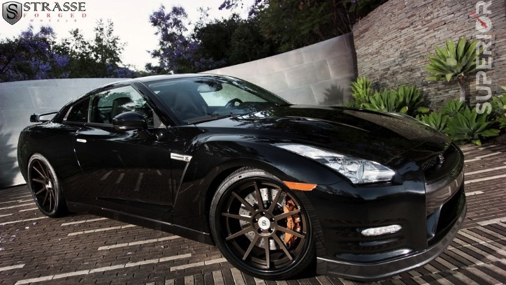 2013 Nissan GT-R on Strasse Forged Wheels [Photo Gallery]