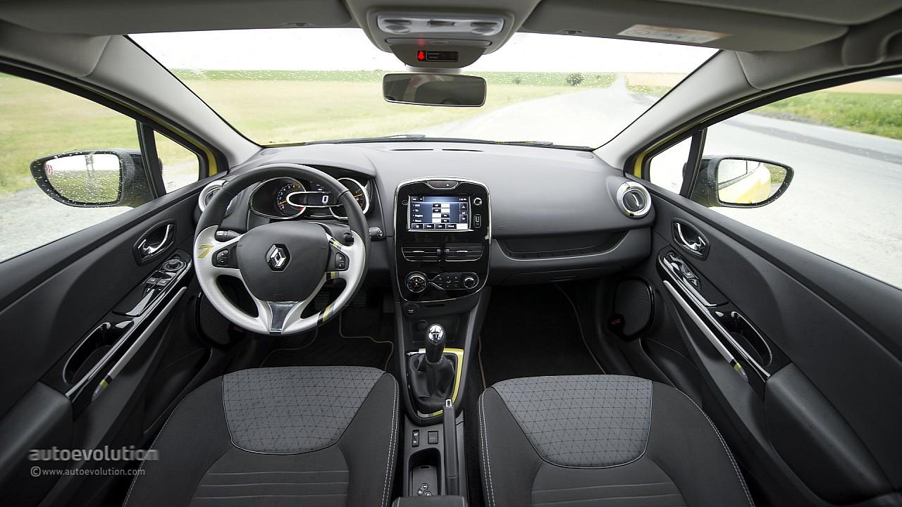 Renault Clio 2013 Interior