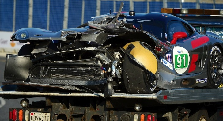 2013 SRT Viper GTS-R: First Crash
