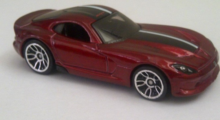 2013 SRT Viper Revealed by Hot Wheels Toy