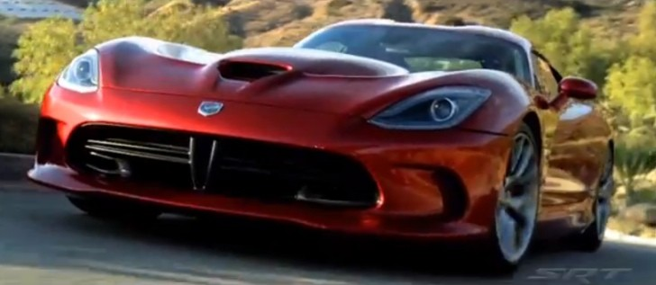 2013 SRT Viper's Striker Red: Behind the Color Scenes [Video]