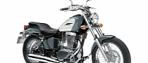 2013 Suzuki Boulevard S40, the Single-Cylinder Chopper