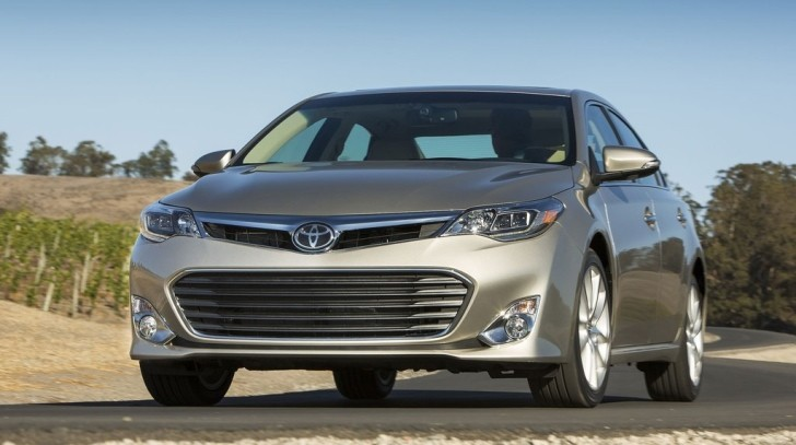 2013 toyota avalon hybrid review by mercury news autoevolution. Black Bedroom Furniture Sets. Home Design Ideas