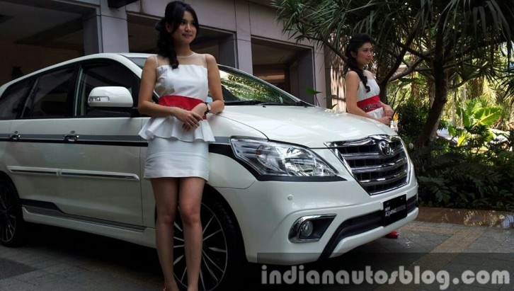 2013 Toyota Innova Launches in Indonesia