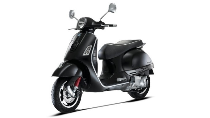 2013 Vespa GTS 300 Super Sport SE, the Big, Fast City Scooter